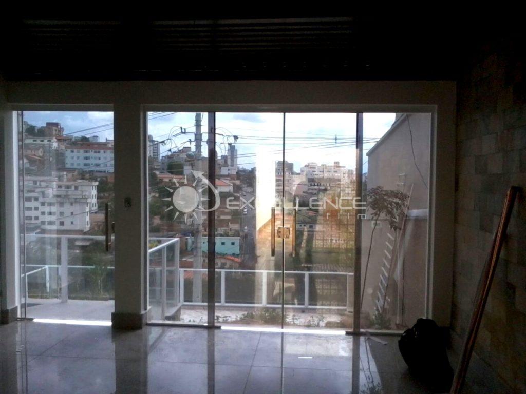 Insulfilm Comercial, Residencial e Automotivo no bairro Serra Verde