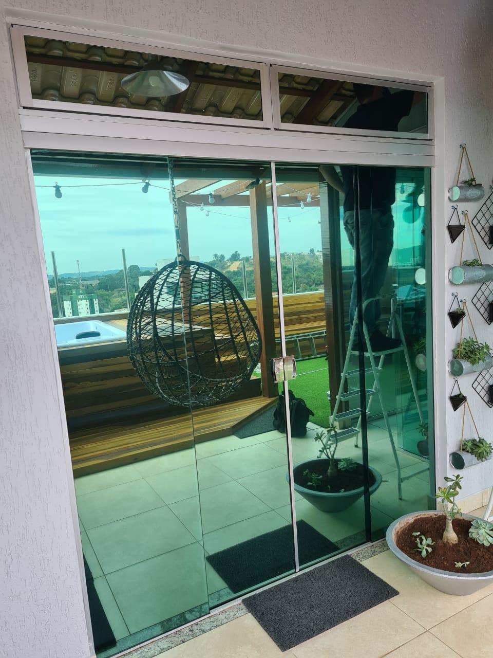 Insulfilm Comercial, Residencial e Automotivo no bairro Prado